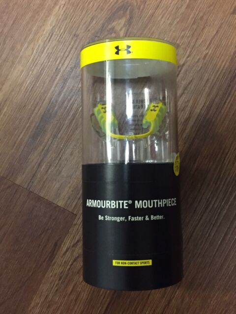 ADULT SMALL AGE 11 AND UNDER *NEW* UNDER ARMOUR ARMOURBITE MOUTHPIECE YOUTH