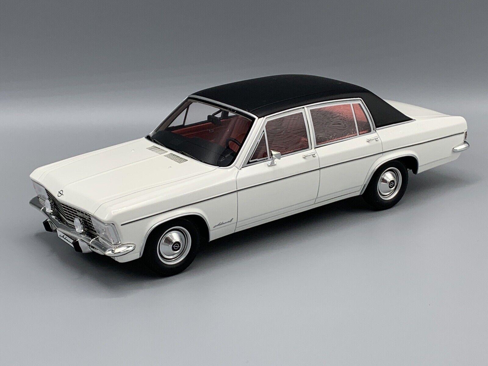 Opel Admiral B 1971 weiss   Dach schwarz 1 18 BOS      NEW