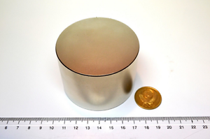 Huge-NEODYMIUM-block-MAGNET-N52-grade-Ring-Test-magnet-New-SUPER-magnet-60mm