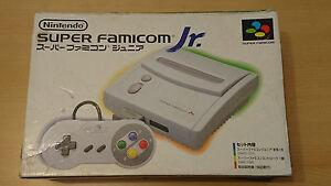 SUPER-FAMICOM-Junior-JR-console-nintendo-prete-a-jouer-import-jap-rare