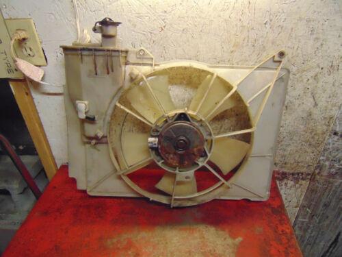 06 05 04 Scion XB oem 1.5 radiator cooling fan motor /& shroud assembly