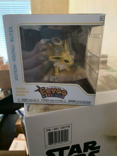An Afternoon with Eevee and Friends Jolteon In Hand Funko Pokemon Center