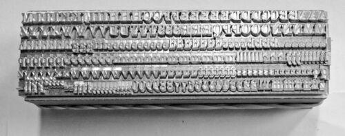 12 PUNTO Bodoni Romani 3A tipo di stampa tipografica in metallo