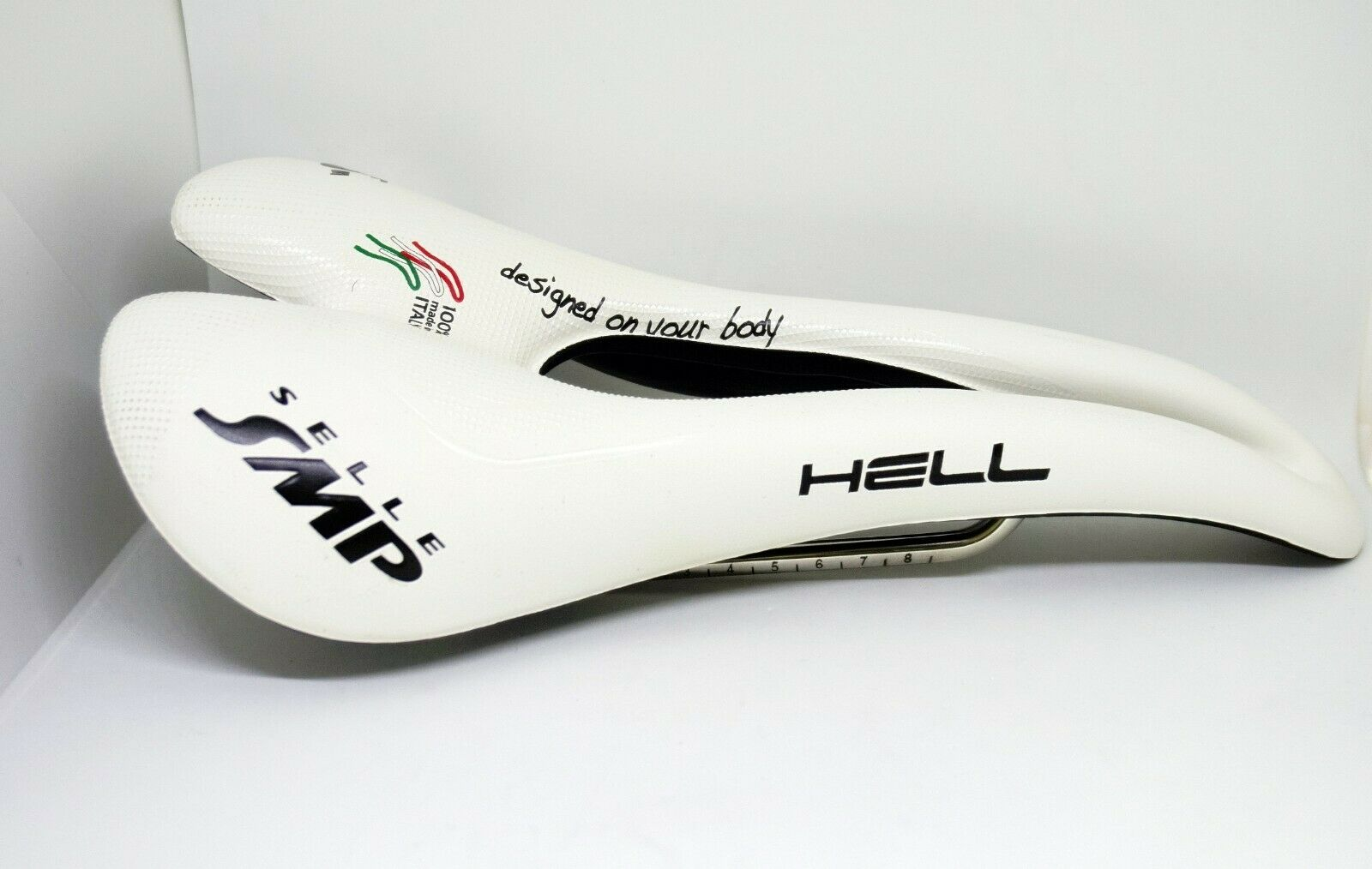 Sillin Selle SMP Infierno blancooo, 280mm X 144mm