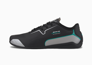 Puma mercedes amg DRIFT CAT 8 Perforé Baskets en noir et argent