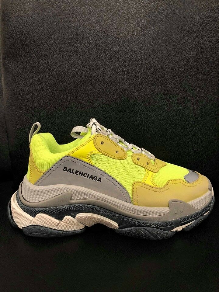 Nuevo En Caja Balenciaga Triple S zapatilla de deporte plana Para Mujer Neon Amarillo gris Entrenadores plana deporte de velocidad 38 20c14c