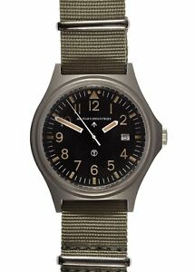 Military-Industries-European-Pattern-G10-Military-Watch-with-Battery-Hatch