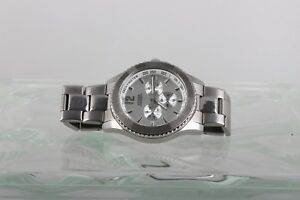 Occupare ponte Annuncio  GUESS WATERPRO 100M 330 FT 10603G1 MENS TACHOMETER WATCH 6302B NEW BATTERY  | eBay