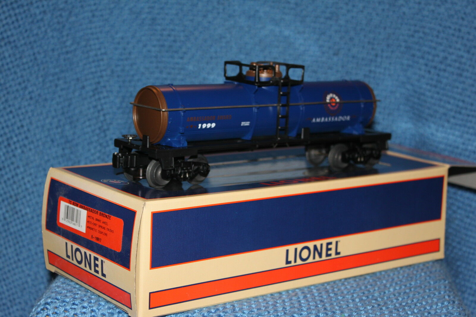 Lionel Ambassador Single Dome Tank Car 6-16817