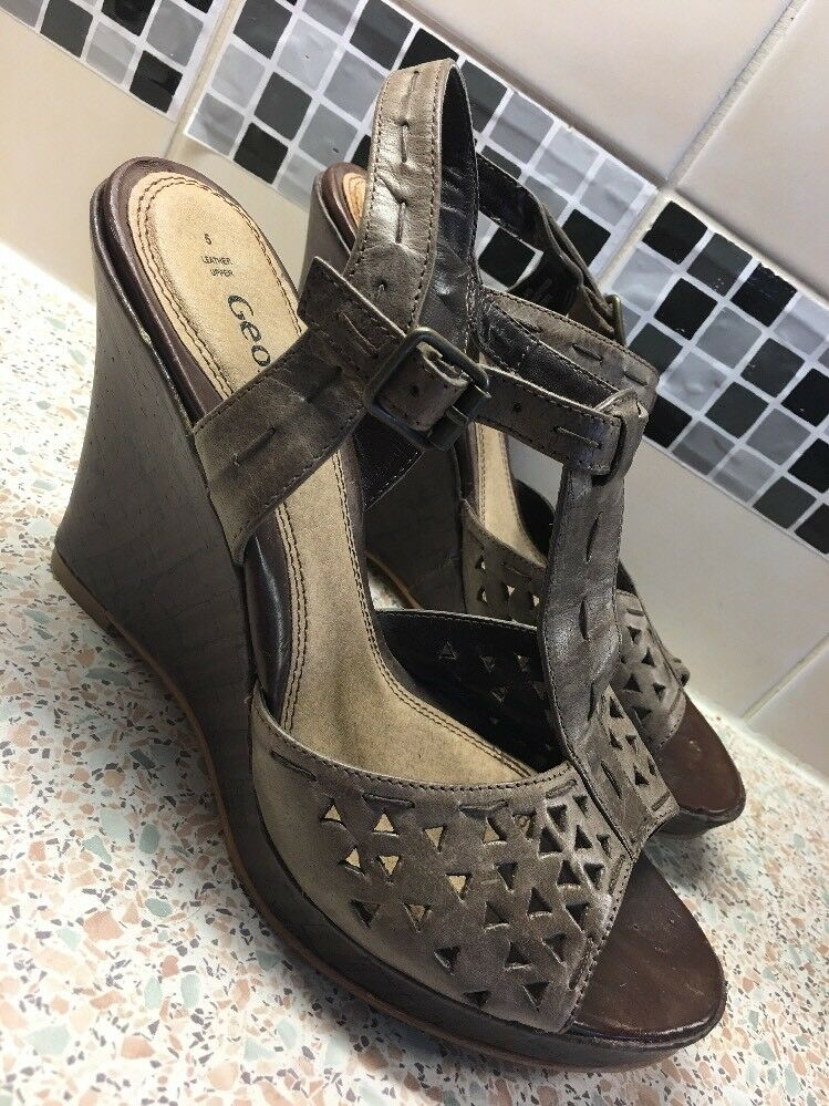 Real Leather Sz Strappy Wedge Heel Sandals Sz Leather 5 Brown df46ef