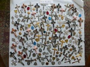 PROMO-lot-ancien-190-articles-religieux-CROIX-medaille-Coeur-de-chapelet