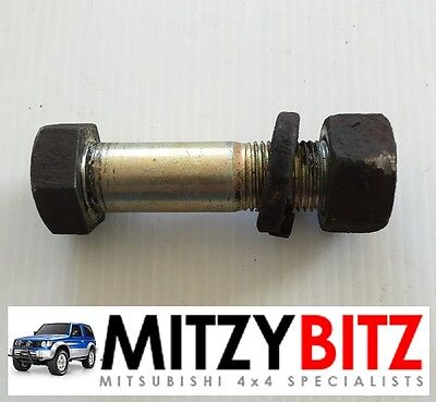 Mitsubishi Pajero Shogun Mk2 91-99 REAR LOWER SHOCK ABSORBER BOLT X 2