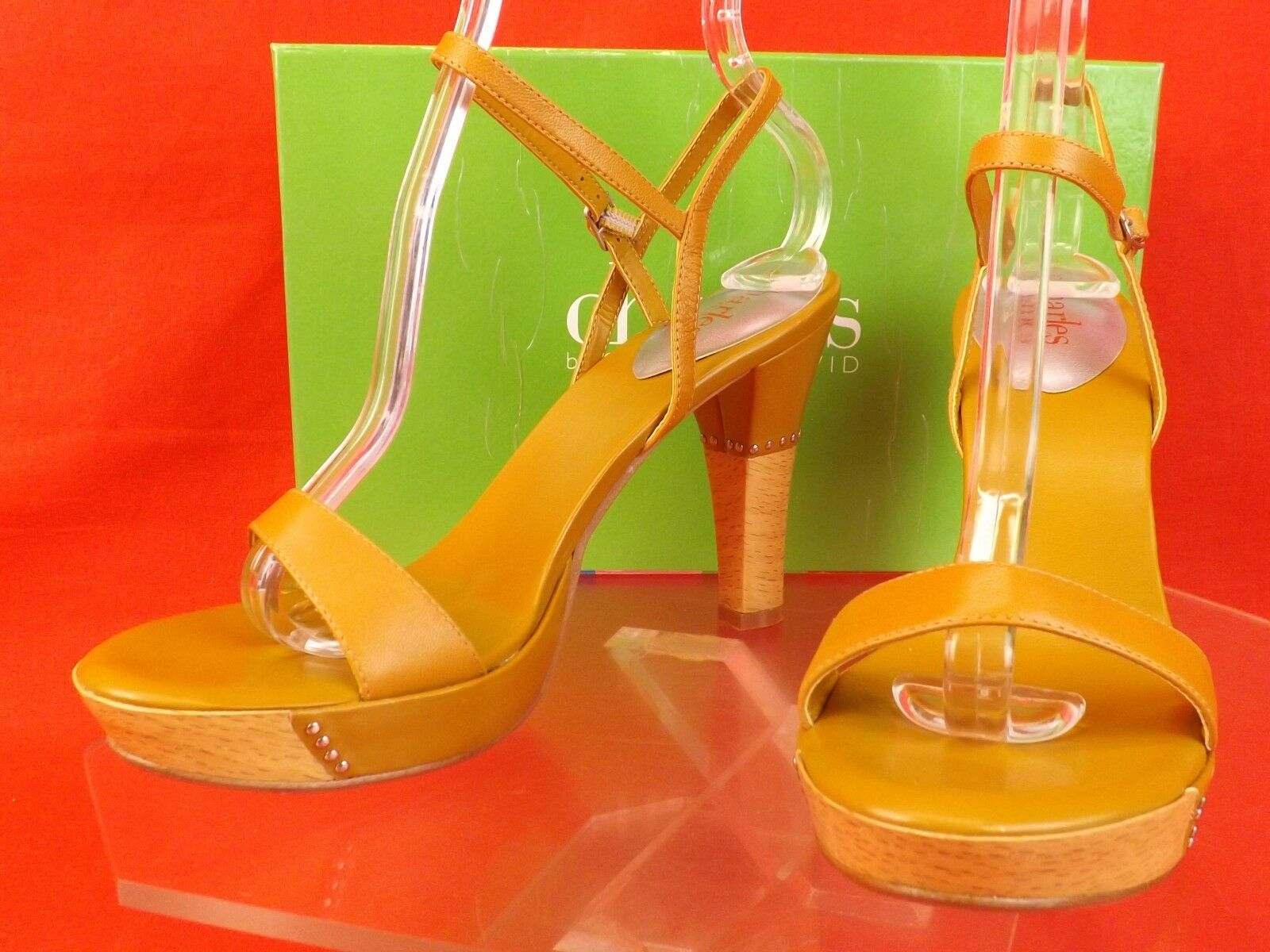 NIB CHARLES DAVID HEEL MUSTARD LEATHER EXUDE ANKLE STRAP WOODEN HEEL DAVID SANDALS 7 db3af9