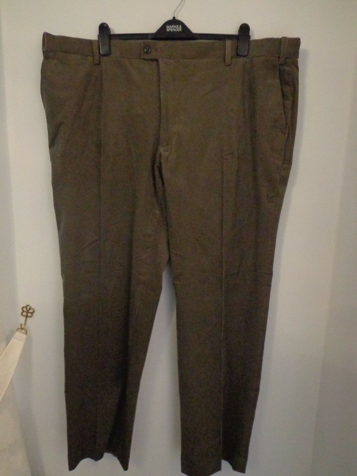 BNWT MENS M&S COLLECTION LUXURY RANGE FINE CORD TROUSERS WAIST 48
