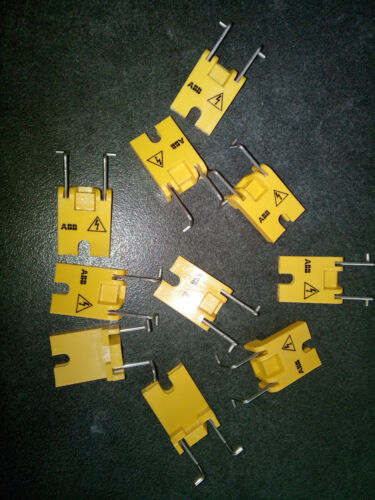 30 Stück ABB GJF1101903R0001 SA1 Betätigungssperre Leistungsschalter LSS Schloß