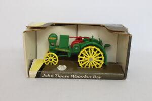 John-Deere-Waterloo-Boy-Tractor-1-32-Scale-Diecast-Metal-5744-1993-Ertl-Green