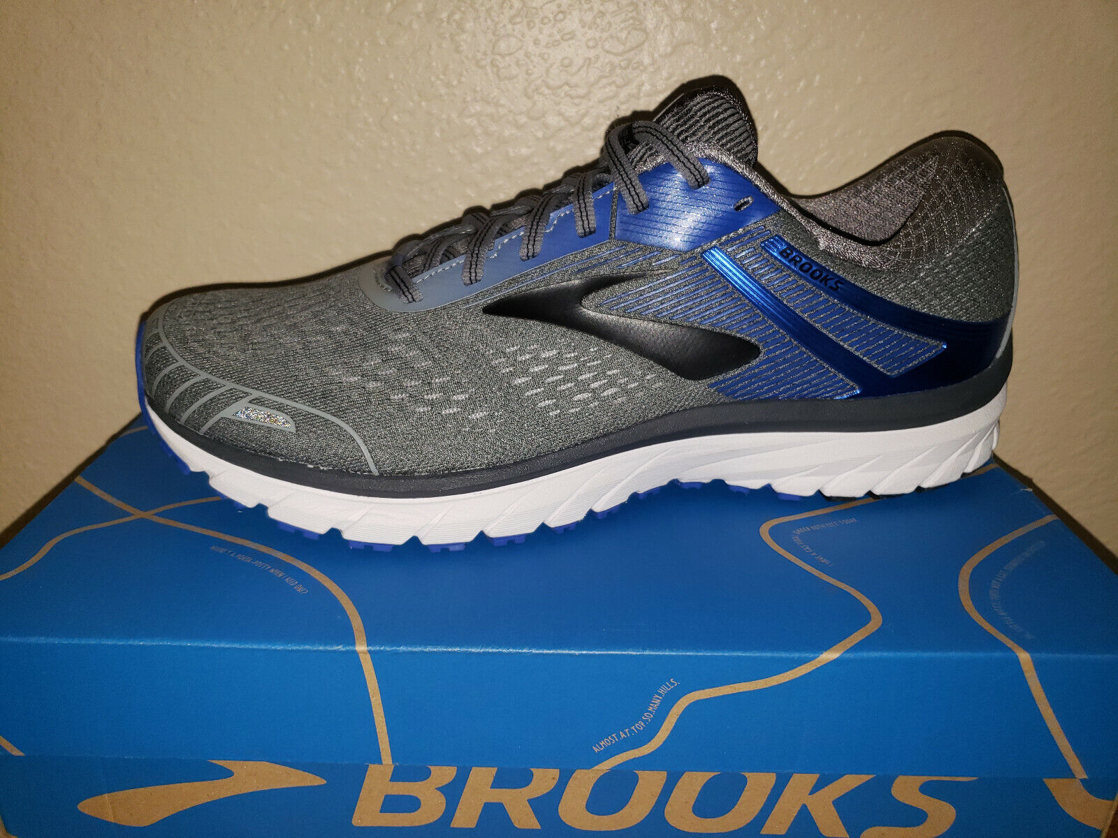 NEW Mens 11 2E Brooks Adrenaline GTS 18 Running shoes Grey bluee