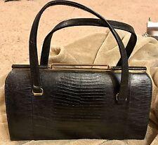 Beautiful Vintage BELLESTONE Alligator or Lizard Skin Handbag Bag Purse Pristine