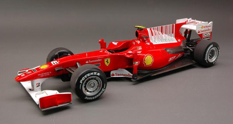 Hot Wheels Ferrari hwt6257 F. Alonso 2010 n.8 Winner Bahrain GP 1 18