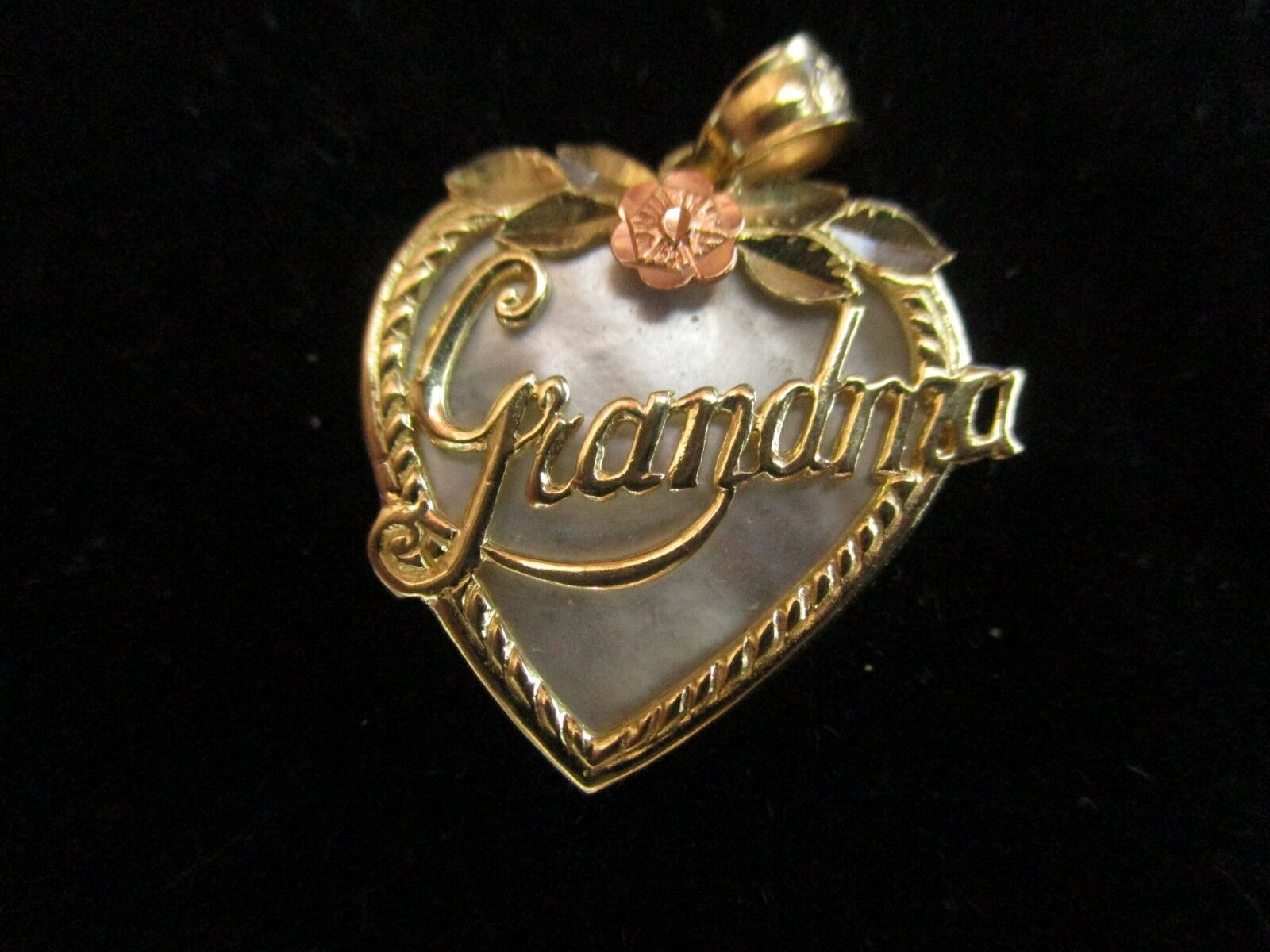 VINTAGE 14K YELLOW gold MOTHER OF PEARL GRANDMA PENDENT             (MARKED 14K)