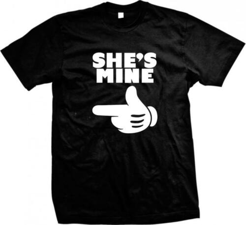 Cartoon Hand Pointing Right She/'s Mine Girlfriend Lover Wife Mate Mens T-shirt
