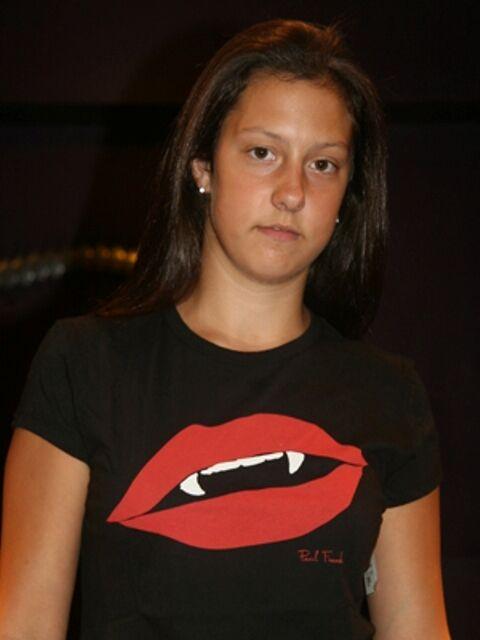 Paul Frank XL $29 Black Hot Red Lips Sexy Fangs Ladies 100% Cotton T-Shirt NWT