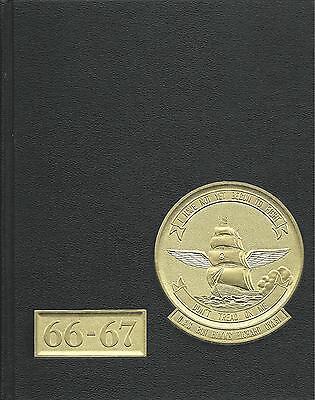 Uss bon homme richard cva 31 cruise book