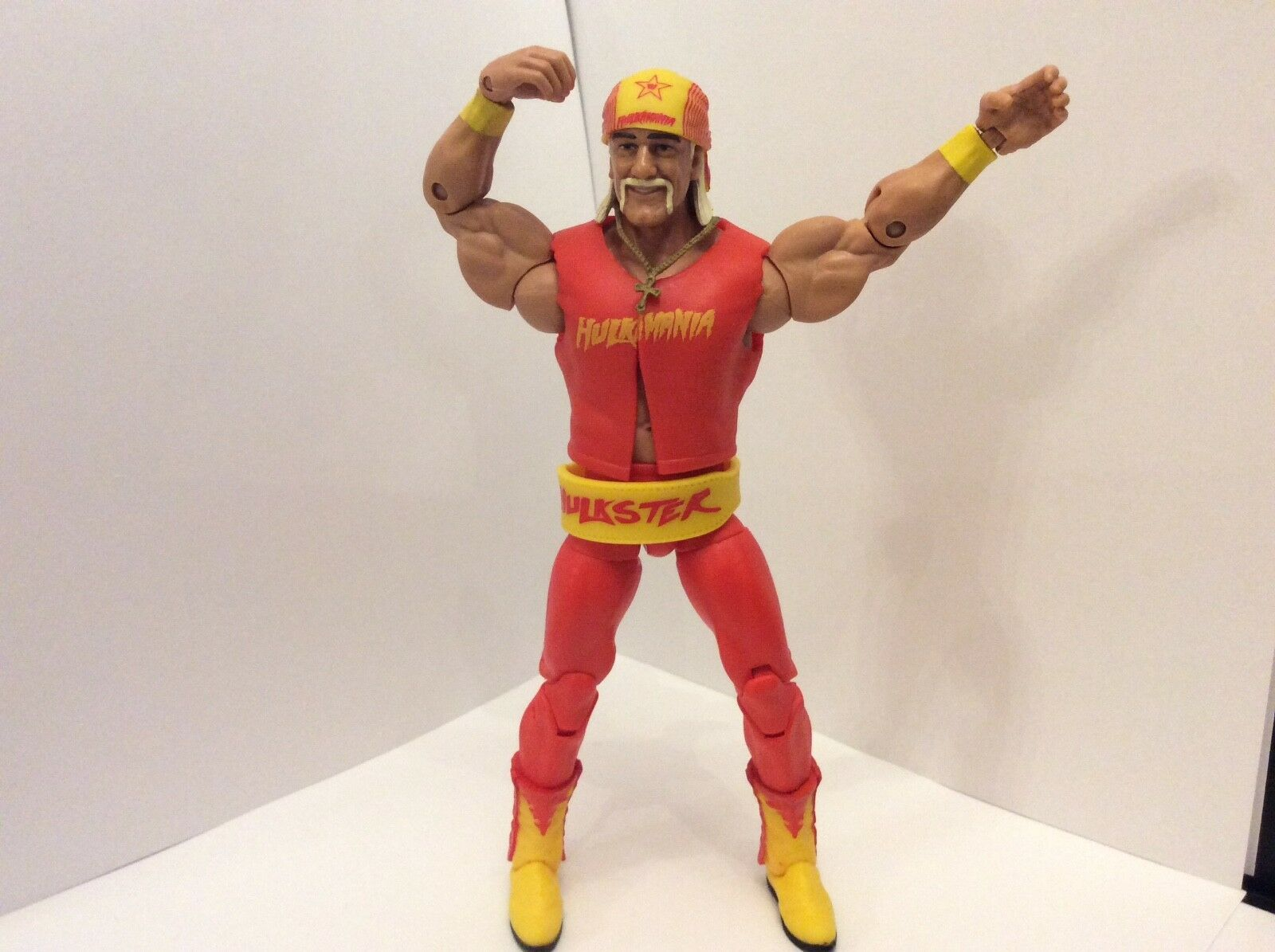 Rare wwe wwf tna hulk hogan hall of fame elite toy wrestling figure complete