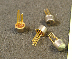 Lot de 4 x BFY81  transistor SGS Thomson  ( AX451 )