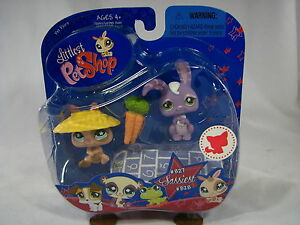 BNIB-LITTLEST-PET-SHOP-RABBITS-WITH-CARROT-HAT-AND-PAPER-827-amp-828