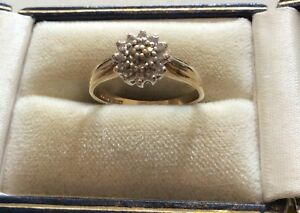 Beautiful-Ladies-Pretty-Full-Hallmarked-Solid-9ct-Gold-Diamond-Cluster-Ring-N1-2
