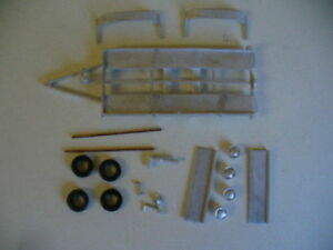 Twin-axle-trailer-1-43rd-scale-white-metal-kit-by-K-amp-R-Replicas