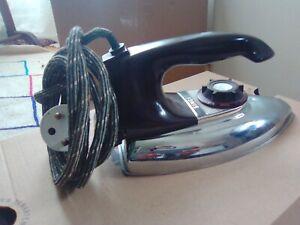 SINGER - Fer à Repasser - Vintage - Bon état - 700W