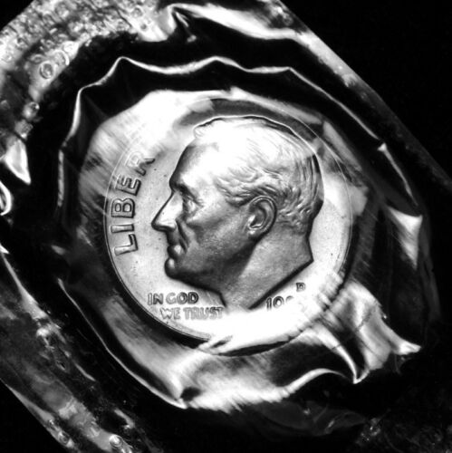 1983 D Roosevelt Uncirculated Dime ~ From Souvenir Mint Set in Mint Cellophane