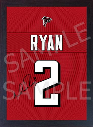 Matt Ryan Atlanta Falcons NFL signed t-shirt Canvas 100% cotton Framed #1