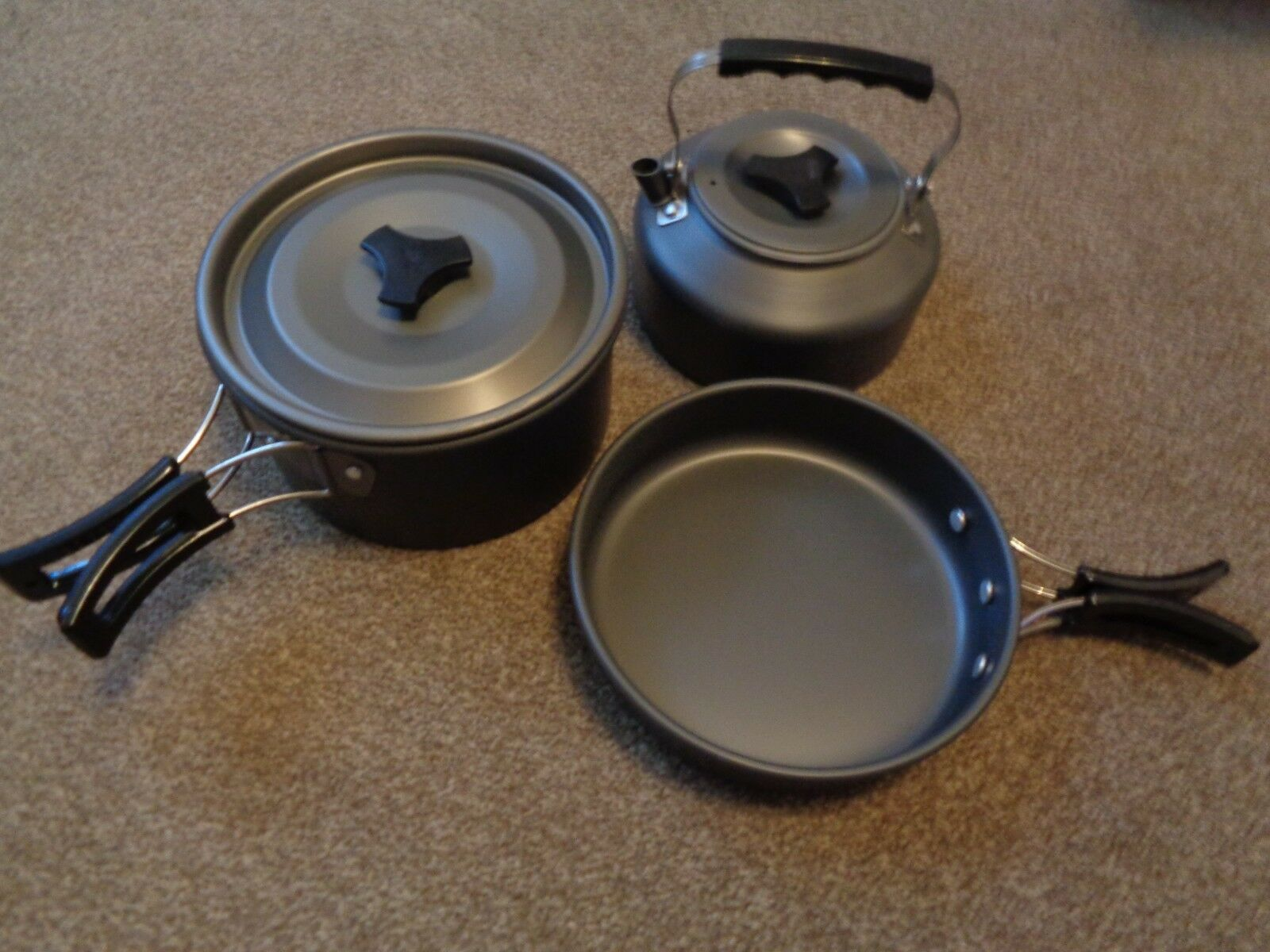 3 piece camping cook set. fishing bivvy camping kettle and pans fold for storage