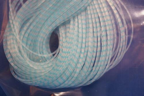 CLEAR Chicone´s Barred Regular CRUSHER Legs Hareline 80 Streifen BLUE