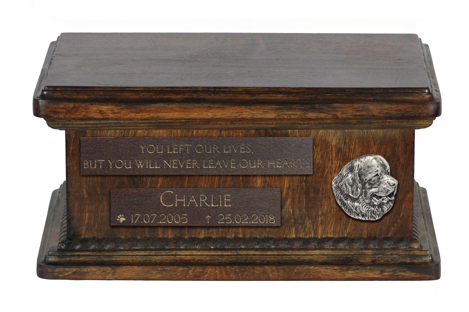 Newfoundland  wooden urn for dog's ashes, low model, Art Dog