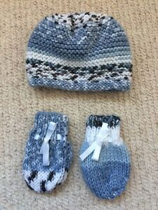 243b30f9d13 Newborn Baby Hand Knitted Hat And Gloves Set Blue White And Grey ...