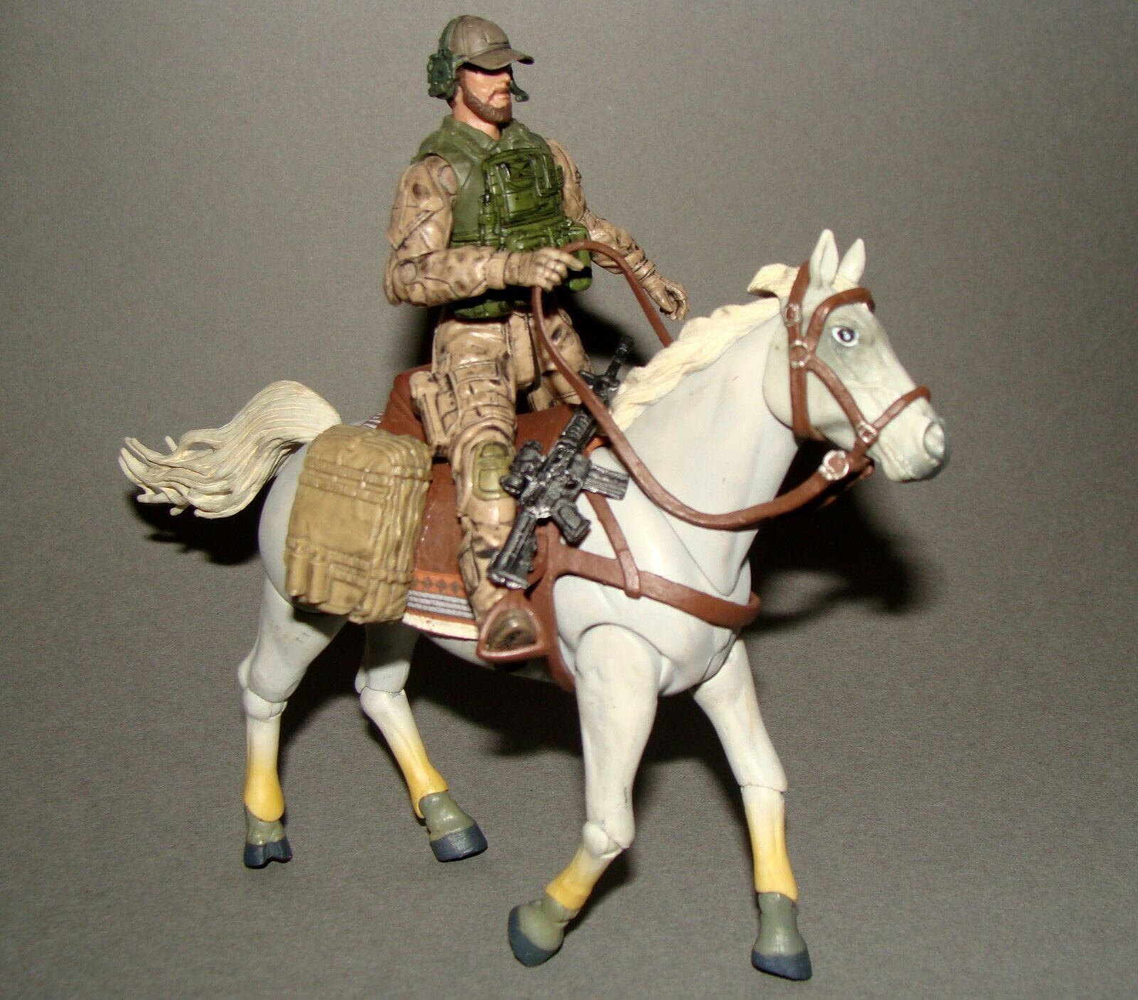 1 18 Bbi Elite Force EE. UU. Special Ops Afganistán 2001 Figura de caballo de vuelta Rider