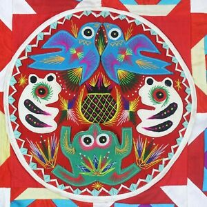 Vintage-1996-Chinese-Quilt-with-Good-Luck-Insects-Frog-Bird-Embroidery-Jiecheng