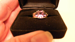 Genuine-3-Stone-Amethyst-Ring-Emerald-Trillon-14K-Gold-Size-7-5-FREE-GIFT