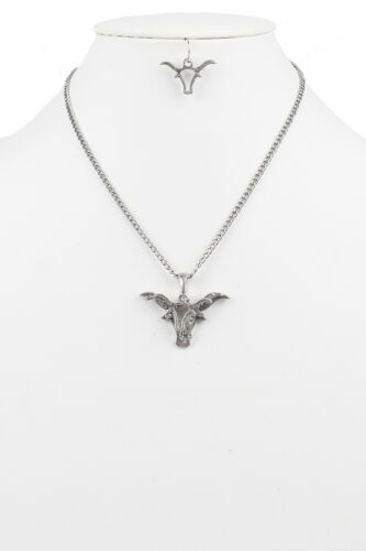 Triple Metal Bull with Rhinestone Pendant Necklace with Earring