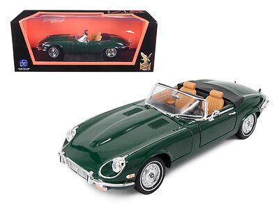 1971 Jaguar E Type Convertible Green 1:18 Diecast Model 92608grn
