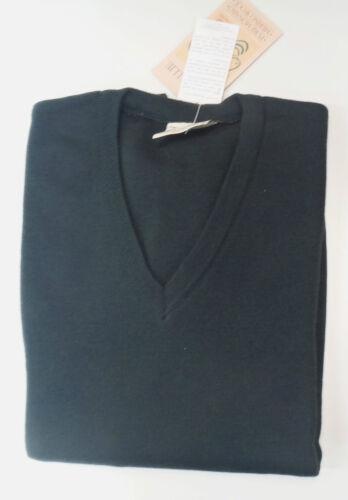 Toorallie Classic Merino Wool V Neck Jumper .Unisex .Plus Size