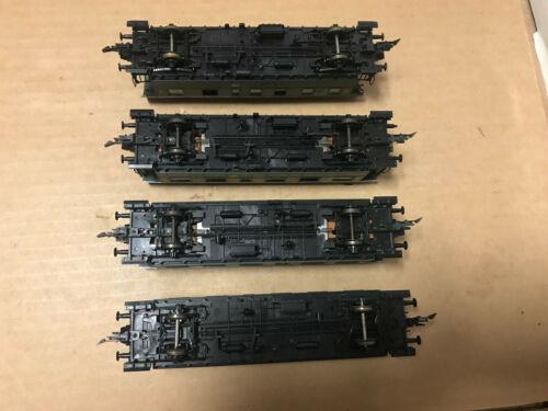 Roco H0  4 x verschiedene Personenwagen der DB