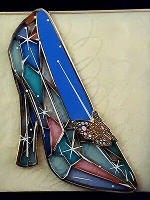 Disney DSF DSSH Cinderella Stained Glass Slipper Pin Trading Event LE 400 Pin!!!