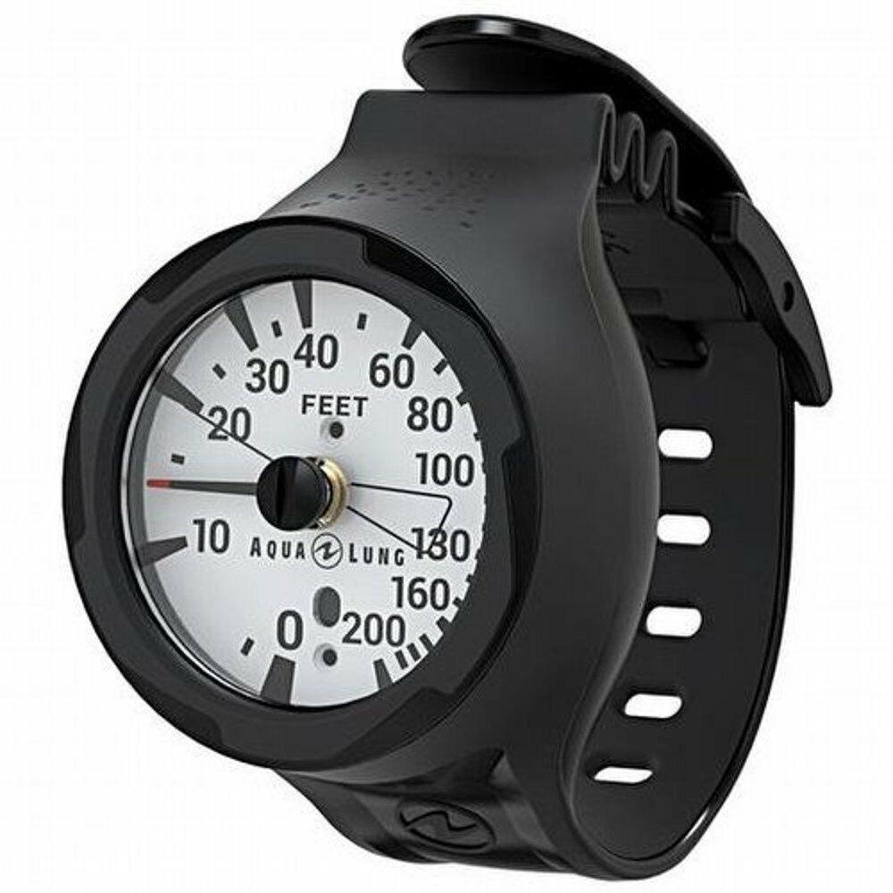 Aqua Lung Wrist Depth Gauge 200 FT 360° Ratcheting Bezel Large Easy Read Numbers