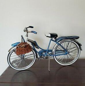 Vintage 1950 Starliner Model BJD DOLL PROP Bicycle Xonex Effner Meadow Wiggs