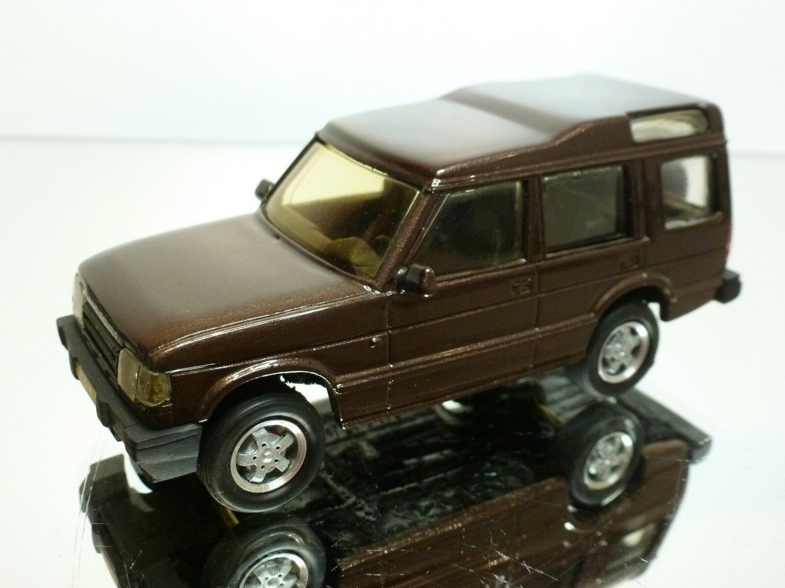 PARADCAR LAND ROVER DISCOVERY - BROWN METALLIC 1 43 - EXCELLENT CONDITION - 4